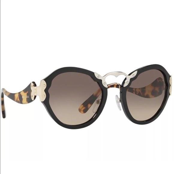 c9a0cde7e488 PRADA || sunglasses Spr 09t Black Havana 1ab3do. M_5b412cce3e0caafd19fc5c9a
